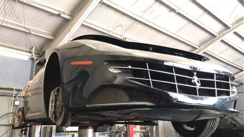 汽車事故維修